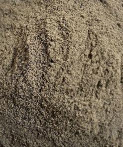 poivre noir moulu